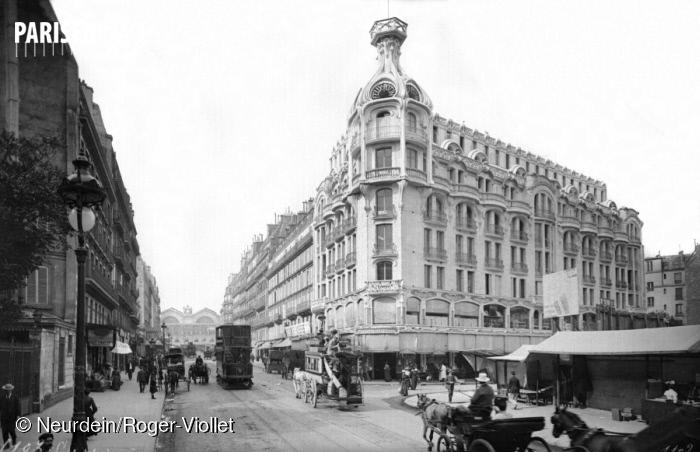 L'immeuble Félix Potin, rue de Rennes à Paris, vers 1900