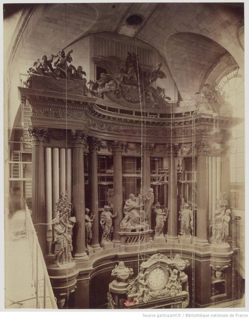 Grand orgue de Saint-Sulpice, travaux en cours par Charles Mutin, 1920 (Photo : Eugène Atget)